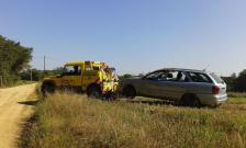 VEHICLE BOLCAT EN PISTA FORESTAL